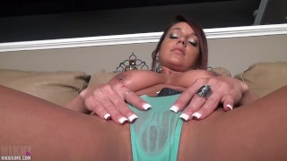 Nikki Sims – Oiled Kitty