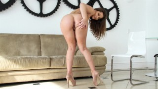BANGBROS – Brunette PAWG Dani Daniels And Her Picture Perfect Bubble Booty
