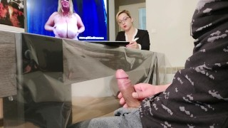I Take Out My Cock In Front Of My Boss !! She Is Ultimately Not That Professional …